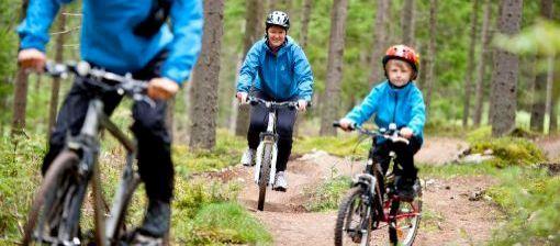 Cyklister i Bergslagen (c) Visit Sodra Dalarna